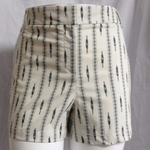 OFF-WHITE/BLACK SUMMER WALKING CASUAL DRESS SHORTS